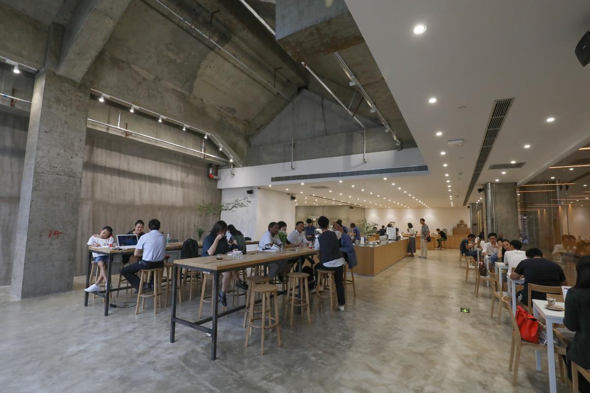 「VOYAGE COFFEE」位在前門胡同新開發的北京坊內,文青味十足。