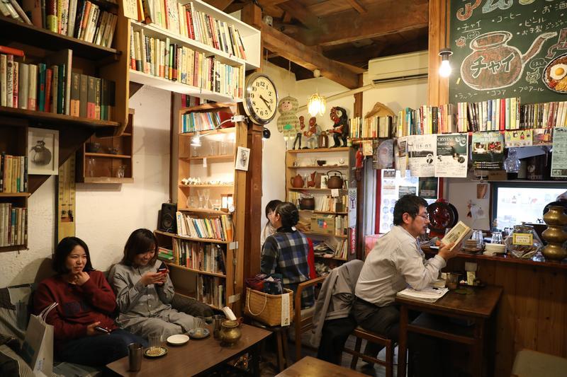 日泰寺參道旁的「覺王山公寓」,堪稱名古屋版的室內創意市集。