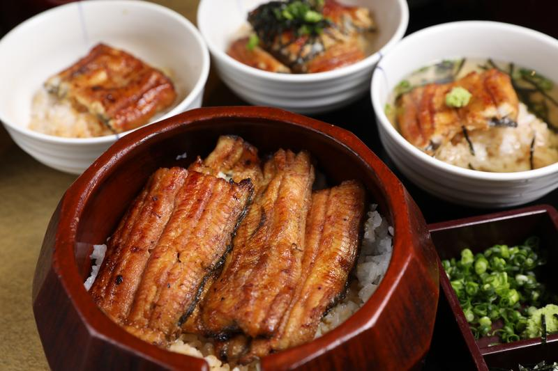 鰻魚飯三吃是出自名古屋的獨特吃法。(上等鰻魚飯2,980日圓/份,約新台幣840元)