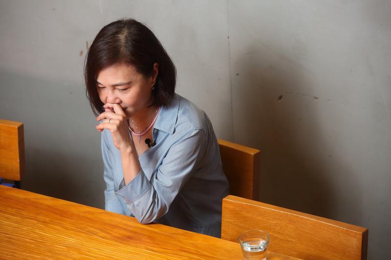 虧欠會員是唐雅君心中最在意的事,訪談過中提及此,她忍不住紅了眼眶。