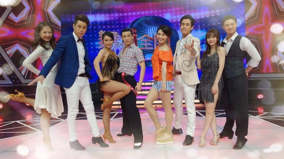 侯怡君和GINO主持的民視《舞力全開》入圍最佳綜藝節目獎。(民視提供)