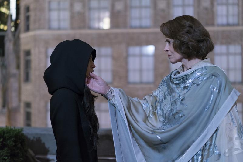 艾麗崔被亞莉珊卓「死而復生」,改造成殺人機器「黑空」。