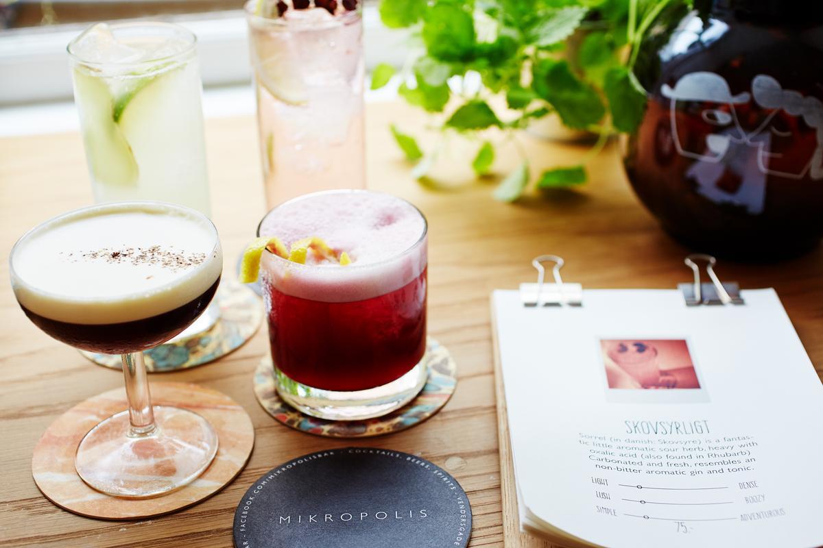 在全世界的Mikkeller Bar中,目前只有在「Mikropolis」才能喝到色彩繽紛的調酒。(Mikkeller提供)