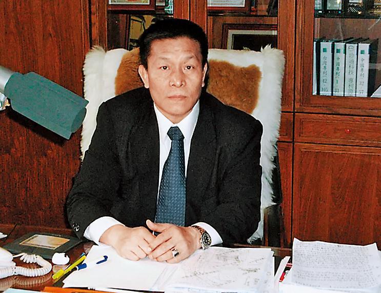 海天保全董事長葉海瑞也是中泰花園都更主導者之一,曾因製造假債權迫住戶搬家遭判刑1年8個月。(翻攝自海天保全網站)