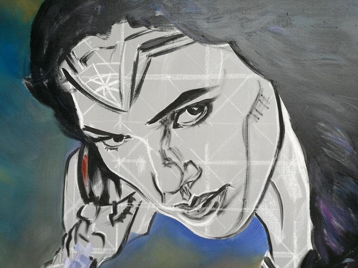 未完成的神力女超人,臉上還有打格子的參考線。
