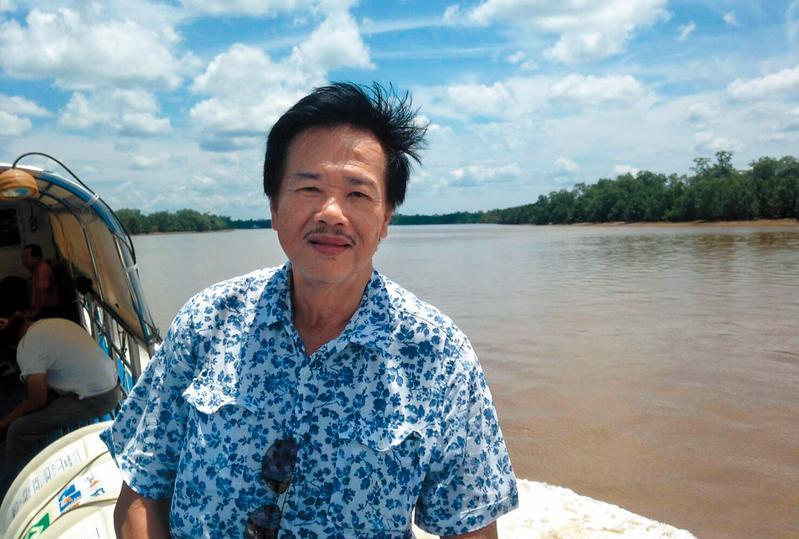2015年,李永平終於回到闊別30年的故鄉沙勞越,可惜物非人亦非,熟悉的熱帶雨林也已被砍伐殆盡。 (李永平提供)