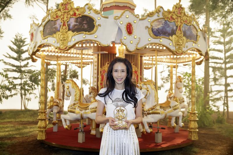 莫文蔚農曆七夕推出新單曲〈I do〉,濃情蜜意化不開。 圖:Sony提供