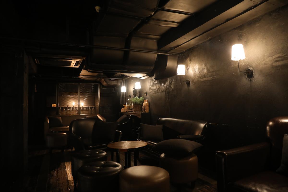 酒吧裡也有比較私密的空間,可安靜聊天。
