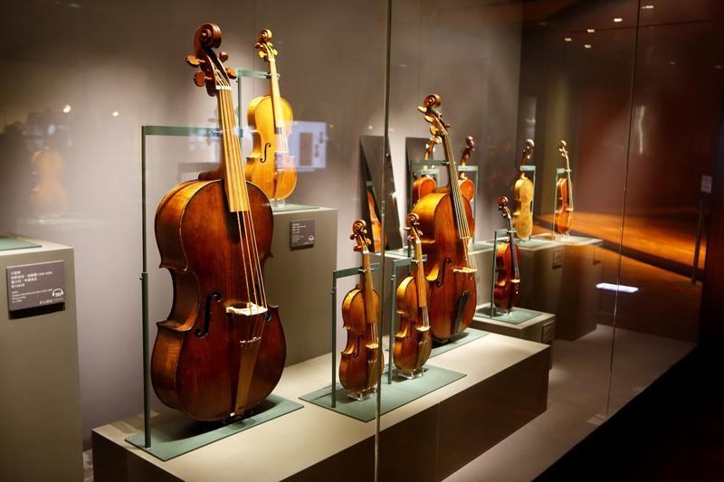 奇美創辦人許文龍創辦的「奇美博物館」,內有眾多小提琴收藏。(資料照片)