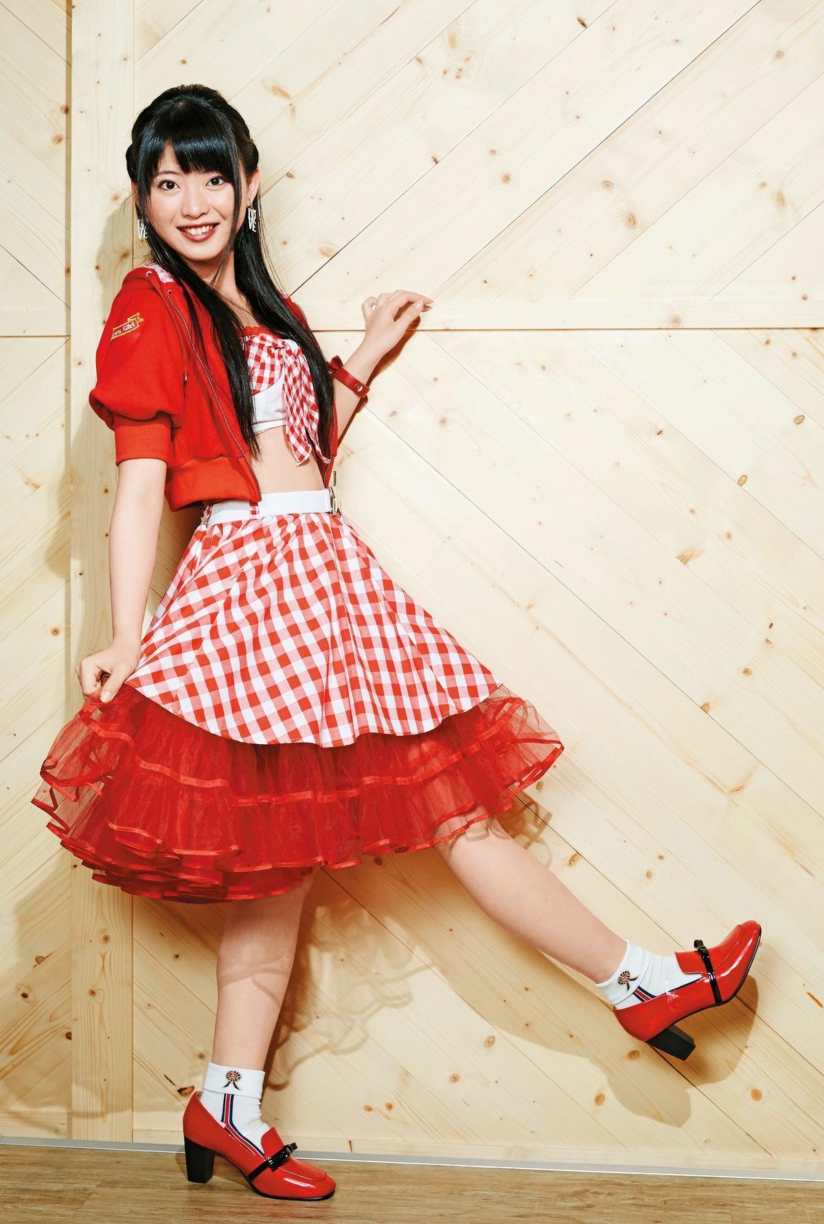 抱著想在日本出道的熱情,馬嘉伶主動報名AKB48徵選,幸運地成為首位非日本人的AKB外籍成員。