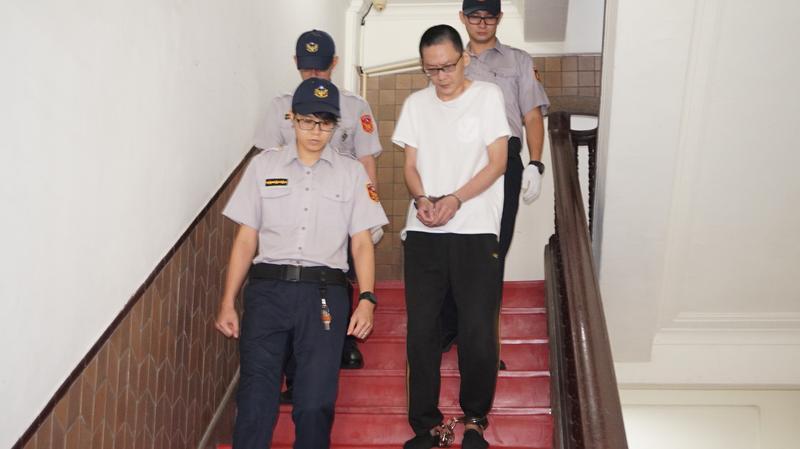 王景玉2016年3月殺害女童小燈泡,一審遭判無期徒刑,二審高院再度開庭。