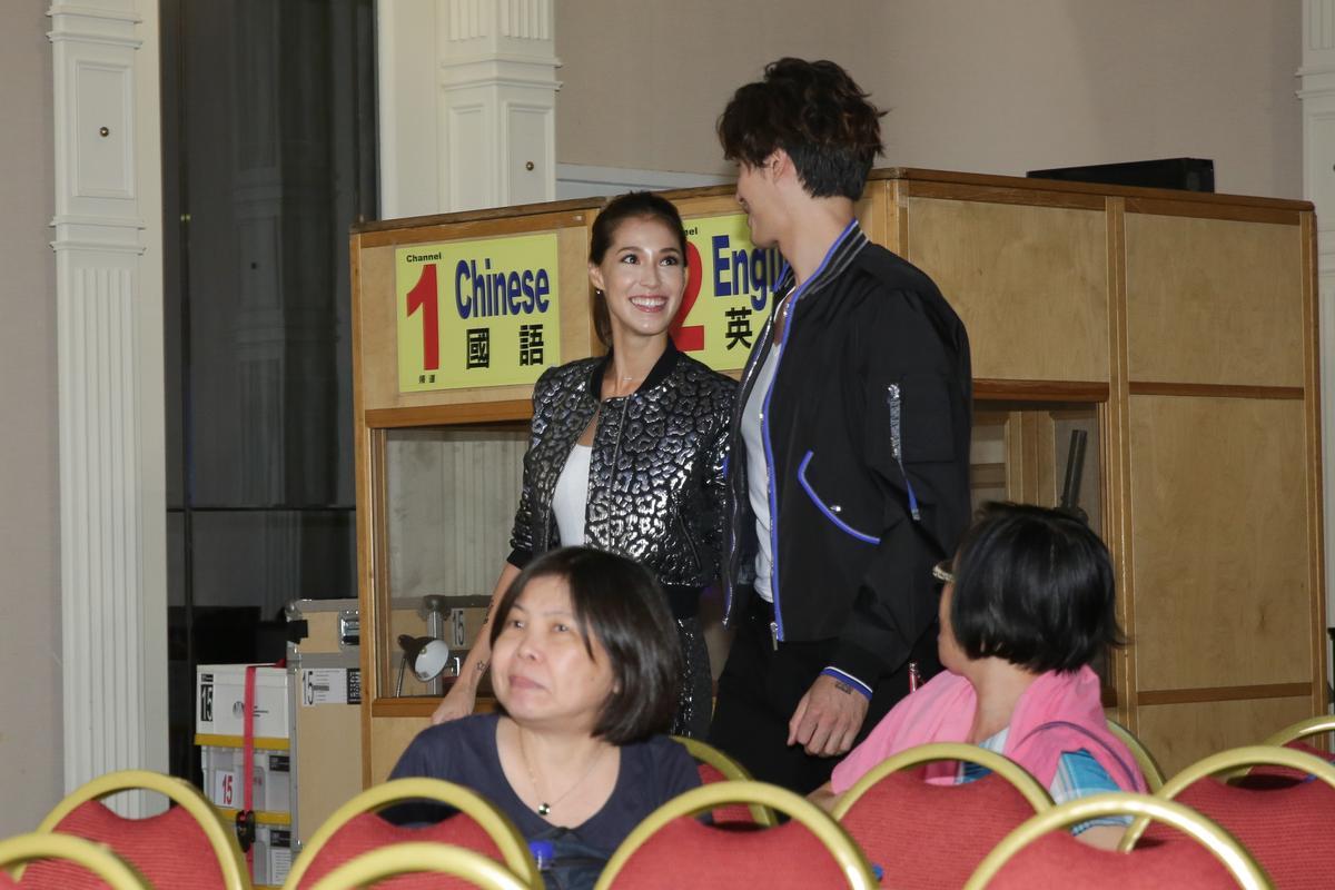 私下經常相視而笑,Akmei 跟錦榮默契很好。
