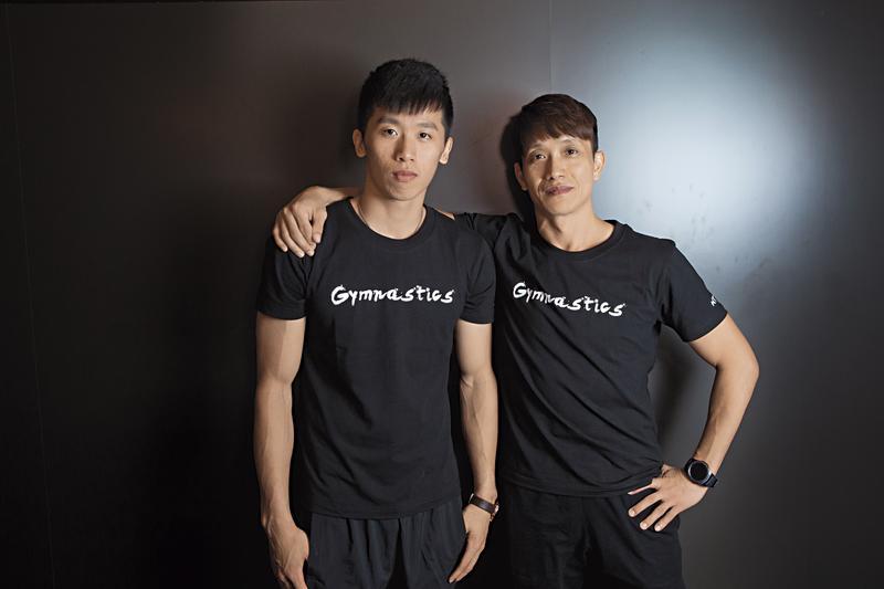 李智凱(左)和林育信(右)師徒情同父子,教練在托兒所挖掘了他,一路訓練到他前進里約奧運,今年更拿下世大運鞍馬項目金牌。