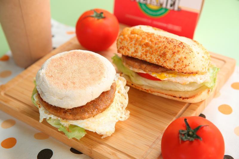 瑞麟美又美餐點升級,招牌漢堡產品可選搭滿福堡與法式麵包。(50元/個)