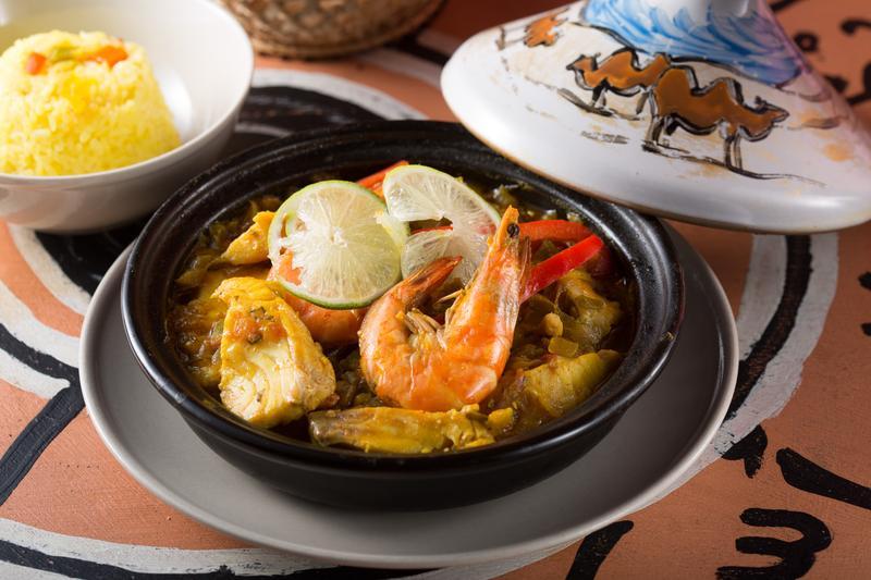 「海鮮塔吉」用摩洛哥香料燉鮮蝦與鯛魚片,清淡適口。(280元/份)