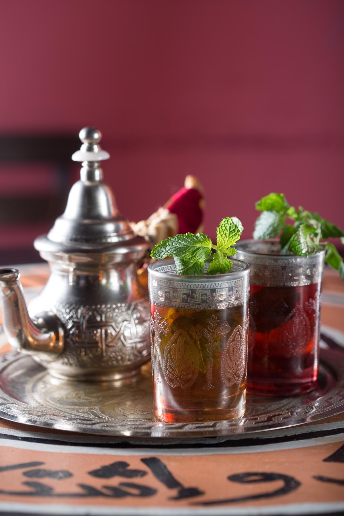 附餐飲料「摩洛哥薄荷茶」能讓餐後口氣一新。(主餐加60元)