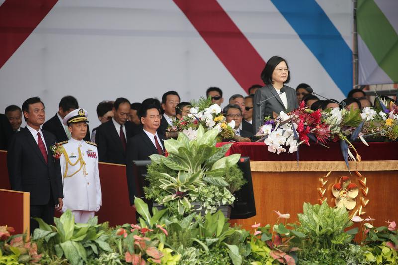 蔡總統的「4個絕不」,今年特別把「善意不變」調整到「承諾不變」,維持她一貫善意、承諾基調。