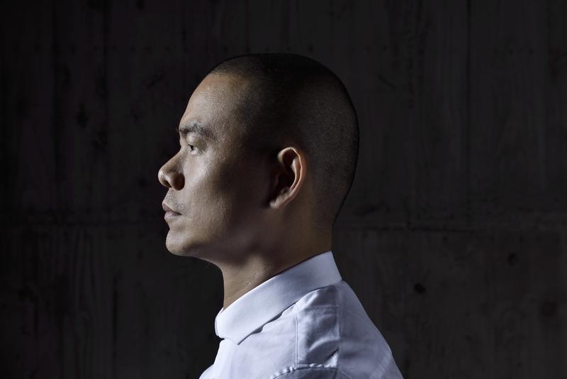 出身台灣的國際名廚江振誠,宣布將於2018年結束新加坡餐廳,歸還米其林星等。