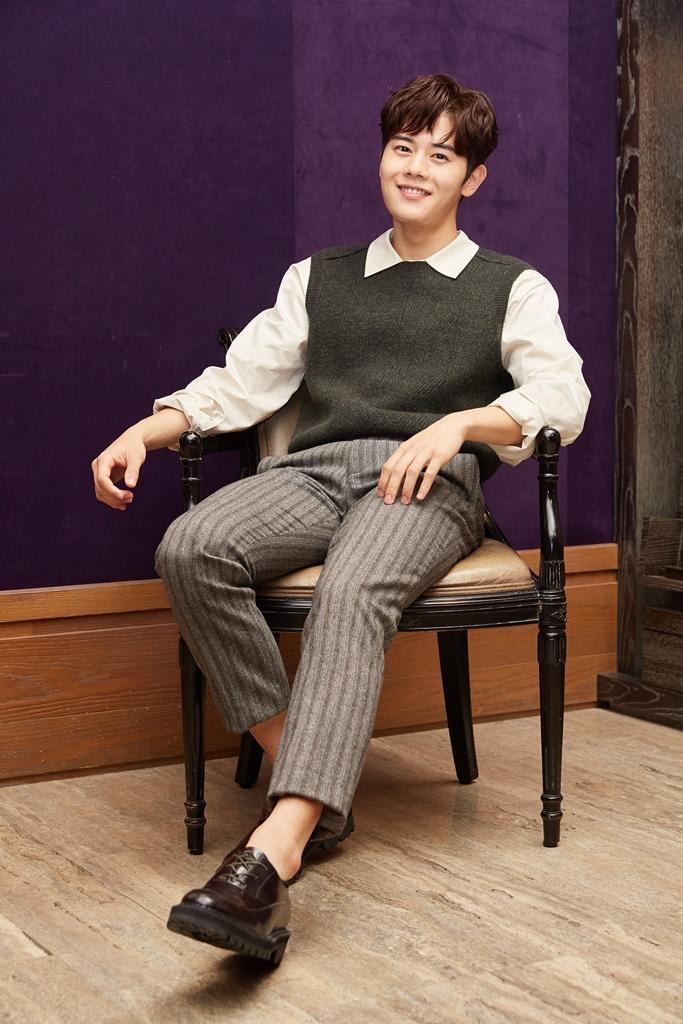 在《Black》飾演富二代,金桐俊說因為角色跟自己個性不同才想挑戰。