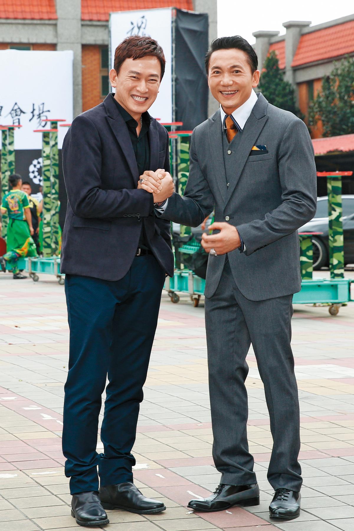 王識賢(左)今年中投入電影《角頭2》拍攝,和劇中反派鄒兆龍(右)有精彩對手戲。