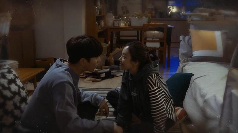 鄭麗媛(右)、尹賢旻在《魔女的法庭》的互動,既有趣又甜蜜。(CHOCO TV提供)