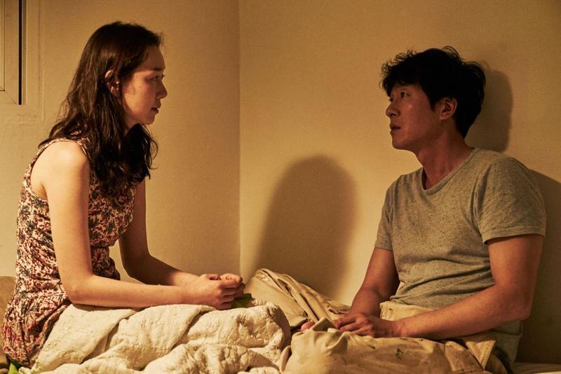 金柱赫與李宥英因《戀妳非妳》成為戀人。(網路圖片)