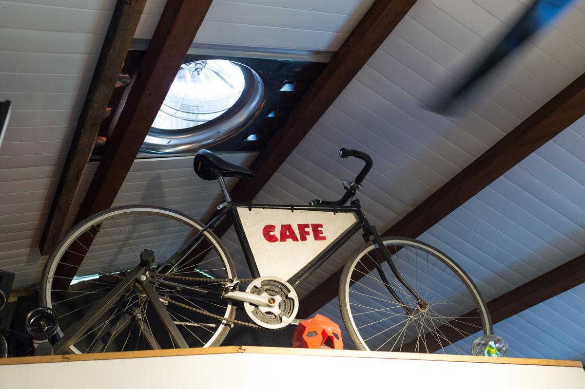 這是第1代單車,阿洋過去在台北跑市集專用。