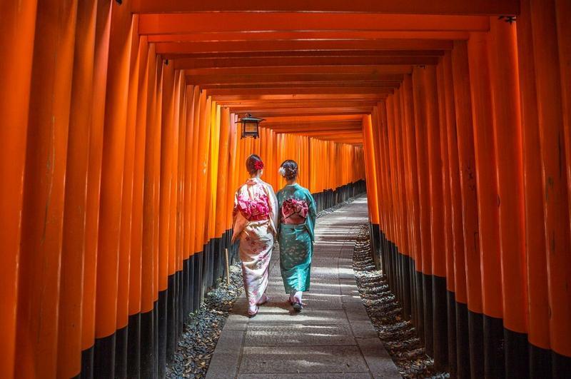 伏見稻荷大社是日本京都知名景點。(東方IC)