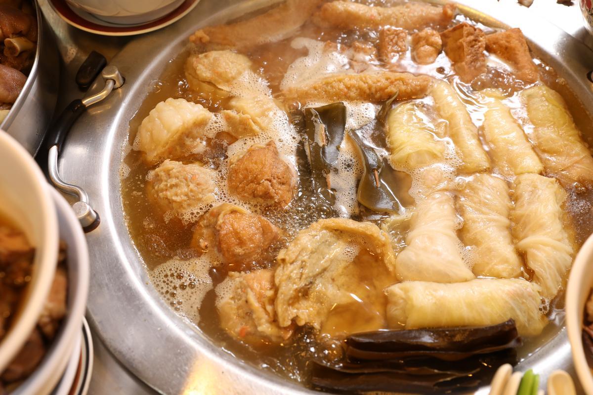 食材鮮美全滾進湯裡,可惜這裡的關東煮不附湯。