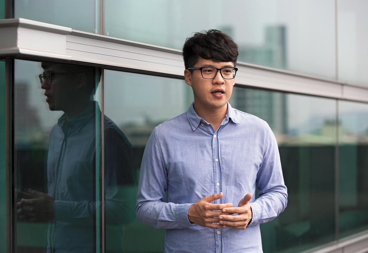 林永軒的同學陳茂軒質疑「同進同出」鐵則遭破壞,才會導致年輕生命在火海中逝去。