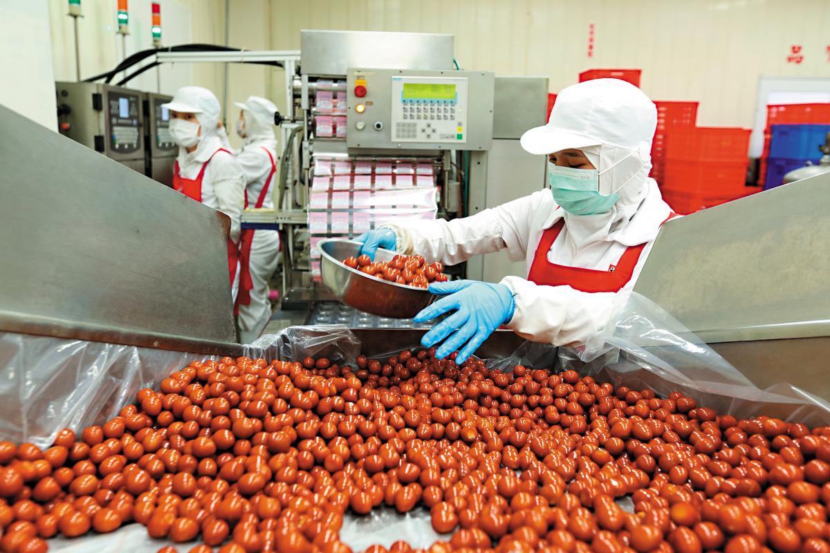 福記每天要滷製烹煮20萬顆蛋,出貨量相當驚人。