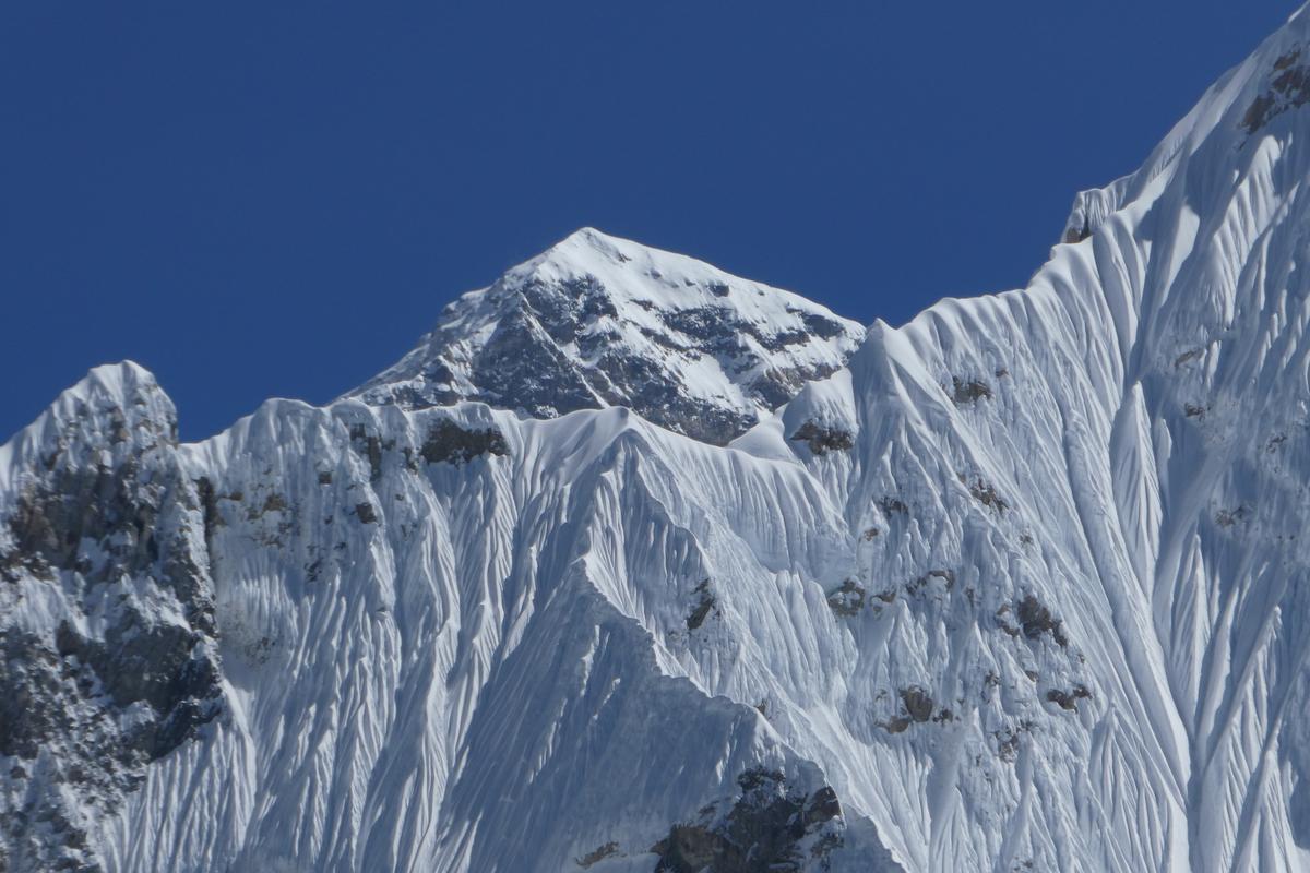 近看聖母峰。