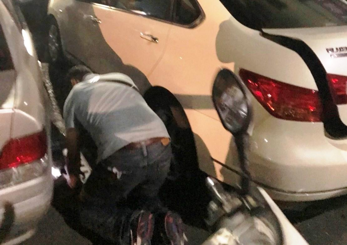 毒販拒捕衝撞警方,遭警開槍制伏。