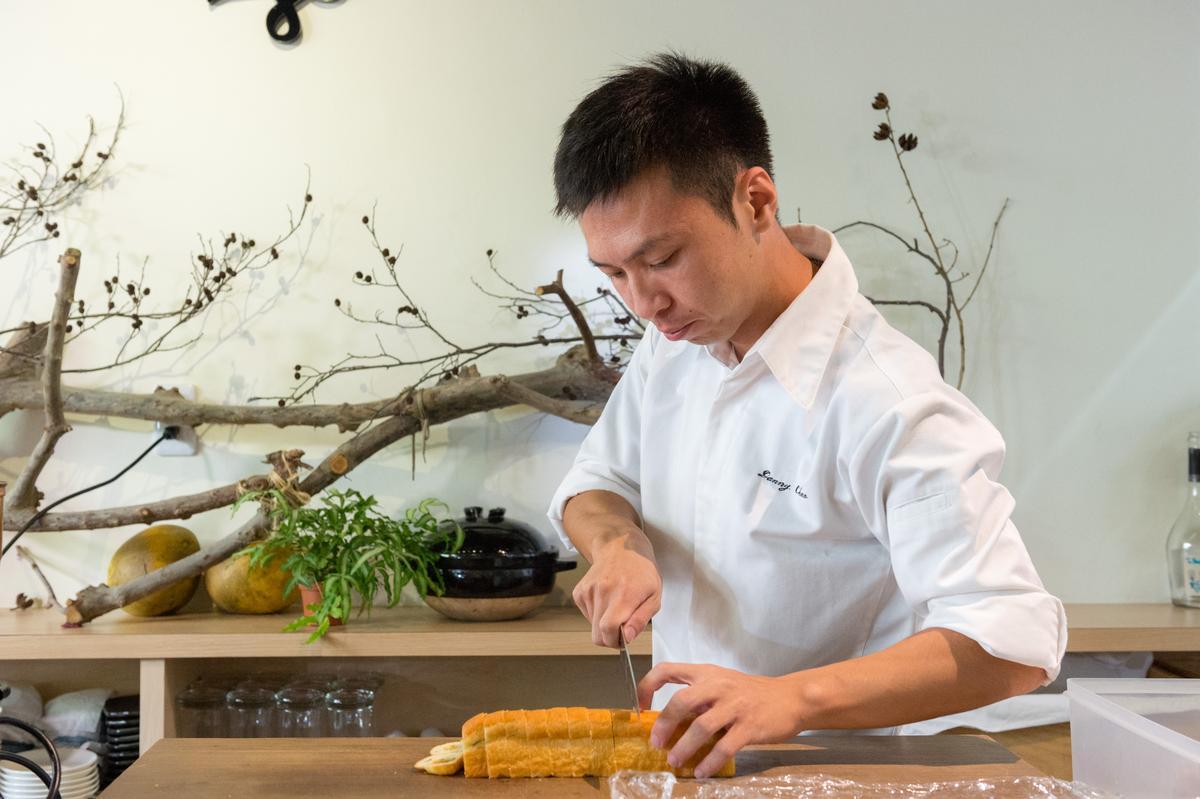 「安工坊麵包」趙國佑,以台灣小麥、彰化紫米及清境農場山當歸葉作為麵包食材。