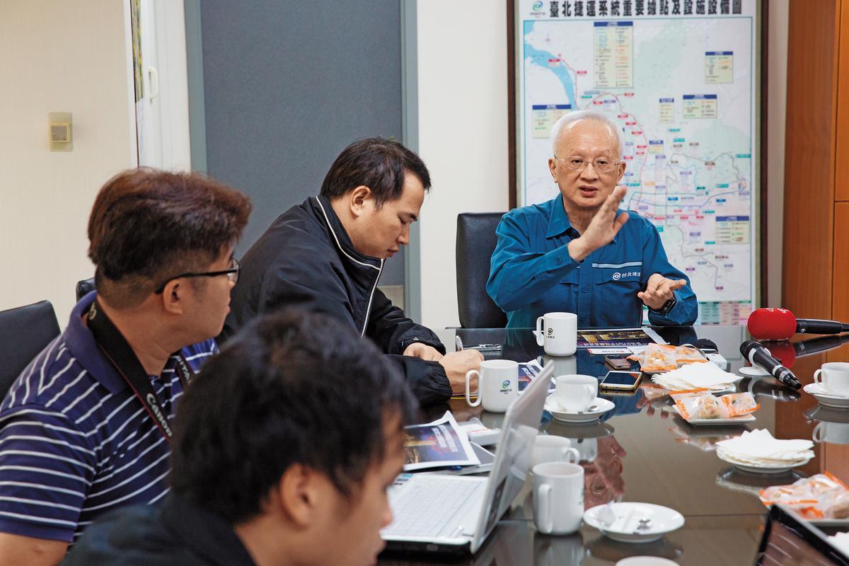 北捷董事長董瑞斌認為,北捷要永續經營,必須發展可長可久的副業。