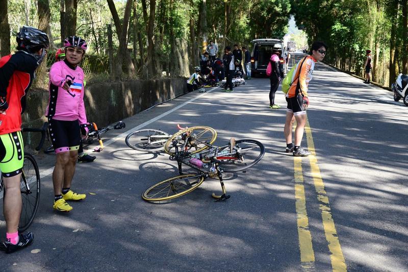 今年1月,台灣自行車協會曾因沒有交管導致參賽者被機車撞死。