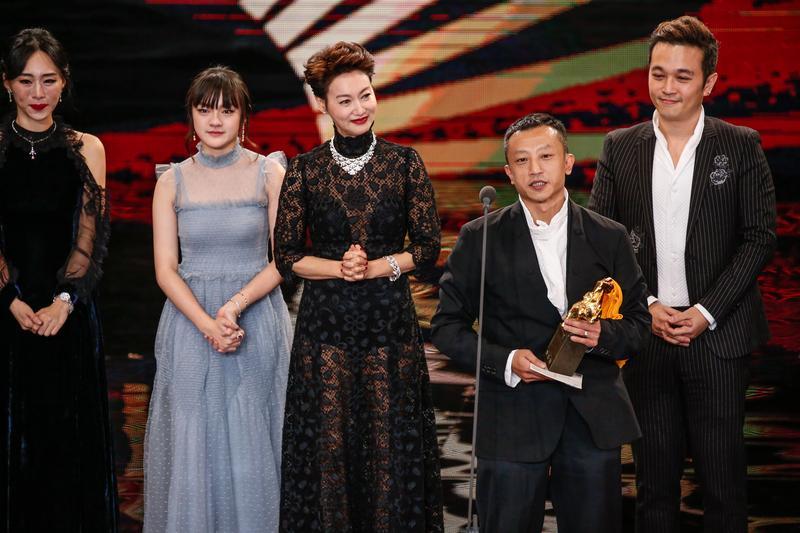 楊雅喆身兼《血觀音》編導,已經連續三部片都捧出了影后,這回還捧出雙影后,讓他開心自封「影后製造機」。