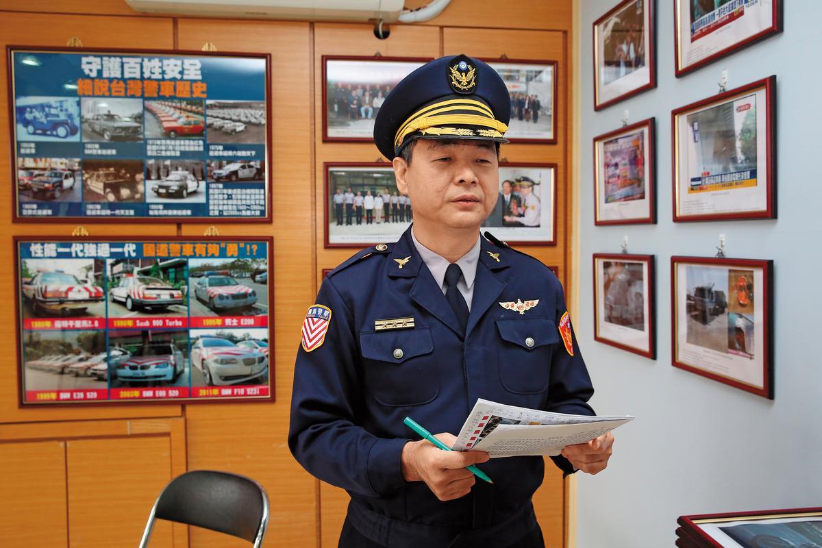 國道公路警察局交通科股長鄧明隆表示,國道警察針對重型車輛訂出專案,24小時臨檢以保護用路人安全。
