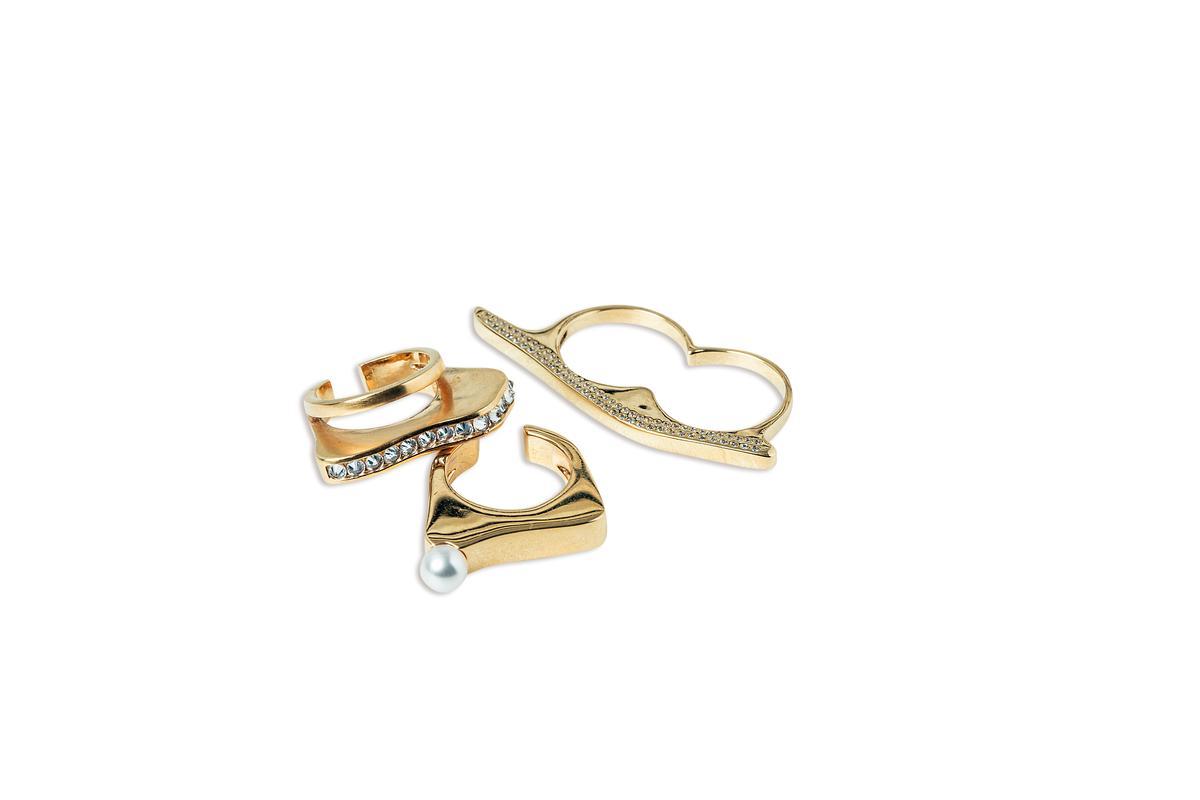 momo's march戒指。約NT$10,000