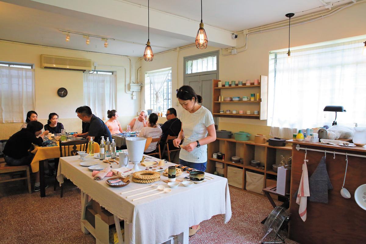 用餐空間其實是分享陳達燊與何比朋友的「Nature's Design」,可以在上菜空檔逛一逛。