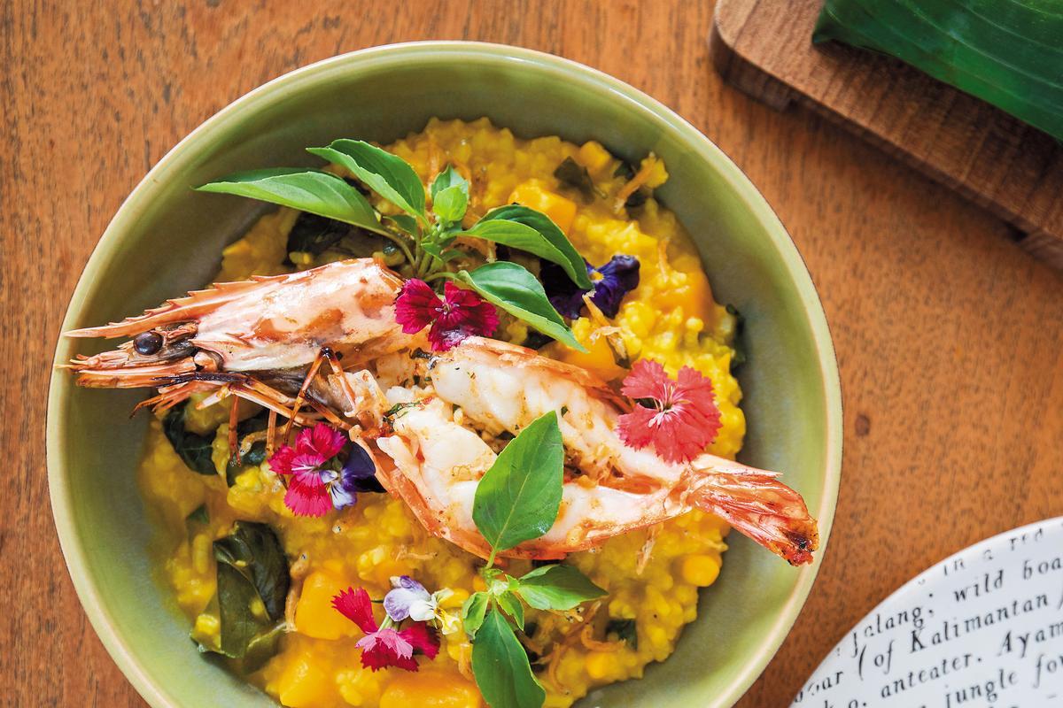 自南瓜粥改良而成的「南瓜燉飯」,光是裝飾就讓人食指大動。(印尼盾120,000元/份,約NT$316)