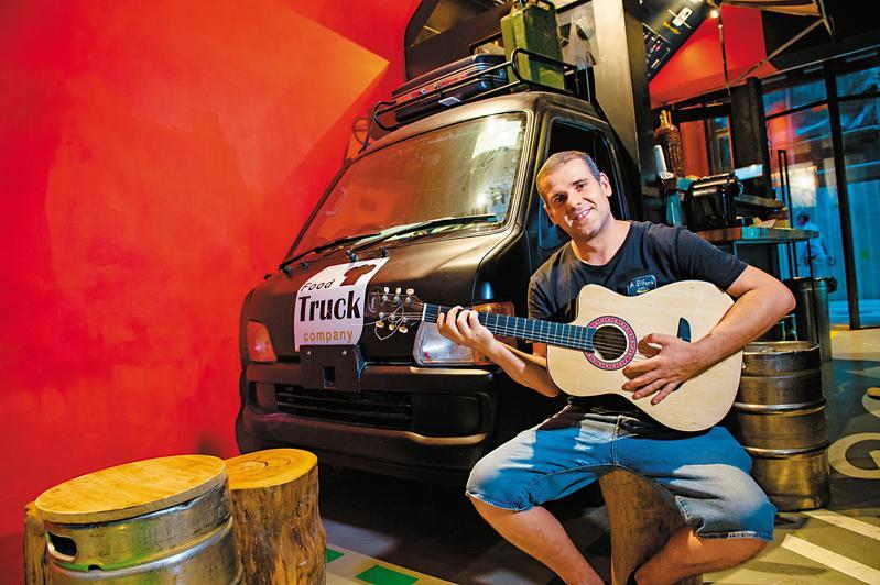 葡萄牙主廚Pedro從餐館轉戰餐車,堅持傳統味道。