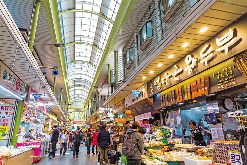 「望遠市場」的遊客不多,更能感受韓國日常生活。