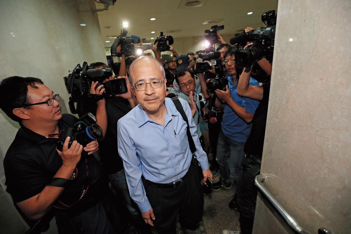 中投前總經理汪海清錄音自保,證明馬英九回饋余建新4.8億元。