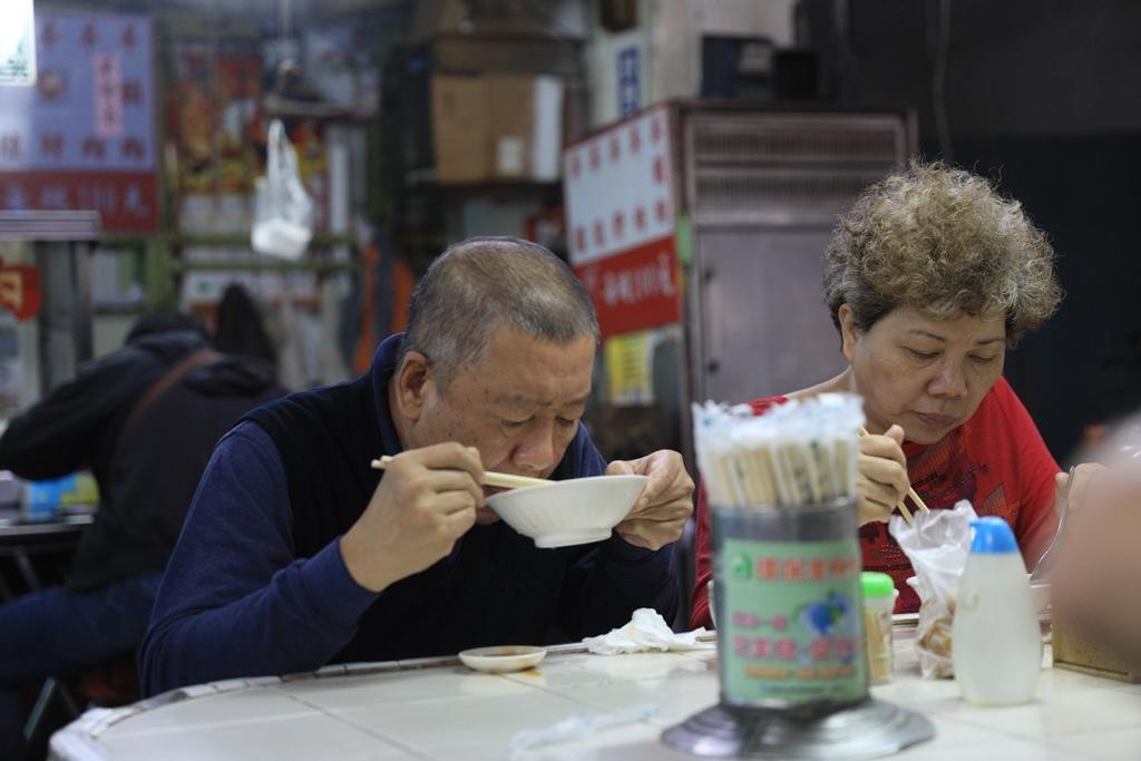 在地人把牛雜湯當作最豐盛營養的早餐。