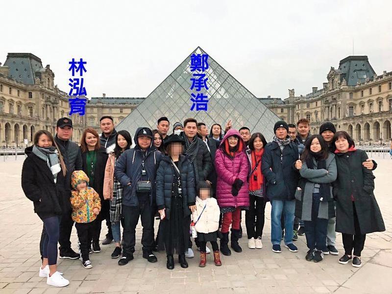 Lamigo榮獲中職總冠軍,全隊帶家眷到巴黎冠軍旅行,除了鄭承浩帶著家人外,之前被踢爆和女球迷鹹濕訊息的林泓育,也帶著妻小一起出遊。(翻攝自Lamigo Monkeys粉絲團)