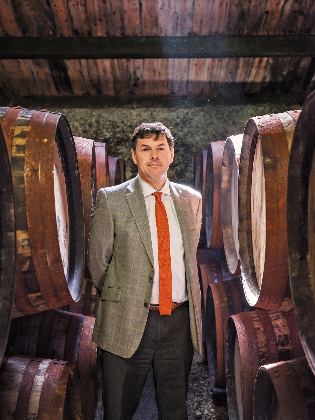 比爾・梁斯敦博士對橡木桶進行了深入的研究與實驗,找出最適合格蘭傑酒款的「設計師橡木桶」。