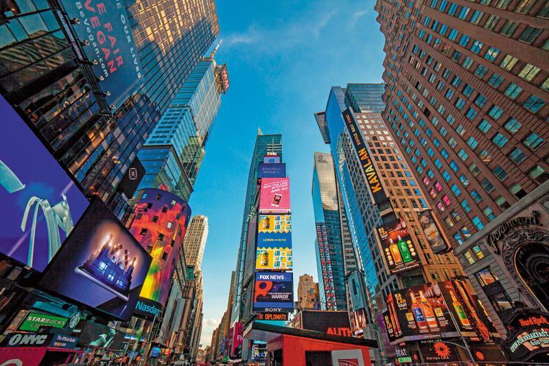 這是威士忌行銷的劃時代創舉,金車噶瑪蘭的名號登上了著名的紐約時代廣場。