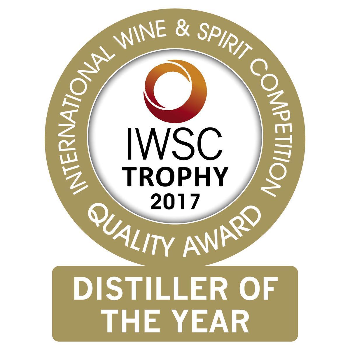 噶瑪蘭酒廠贏過全球80多國,拿下IWSC2017世界年度蒸餾酒廠冠軍獎盃。