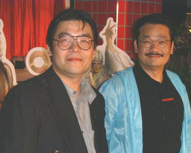 鄭問(左)為全世界第一位進入故宮的漫畫家,右為香港漫畫家黃玉郎。(圖:鍾孟舜提供)
